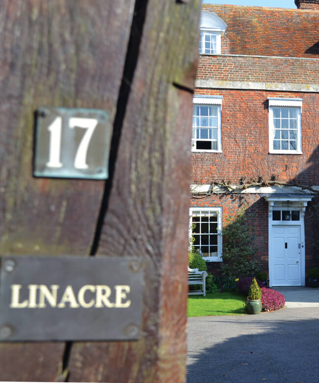 Linacre House2