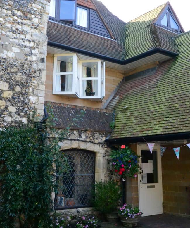 Luxmoore House2